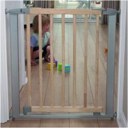 Swing Shut Extendable Gate-cxctoys-limassol-cyprus