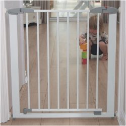 Swing Shut Extendable Gate -cxctoys-limassol-cyprus